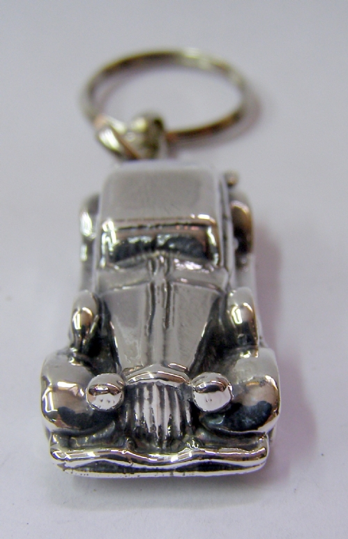 Silver Old Car Key chian